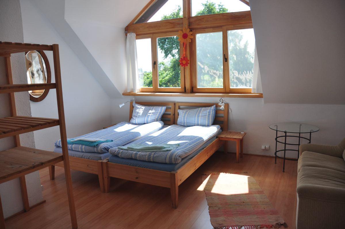 Rooms Nikon